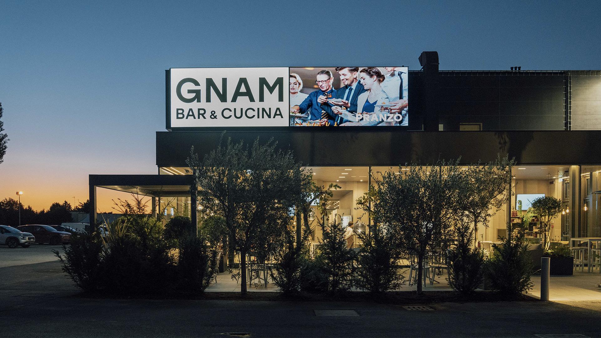 Dondi Salotti Outlet Mantova.Gnam Bar Cucina Da Dondi Multistore Arredi Per La Casa